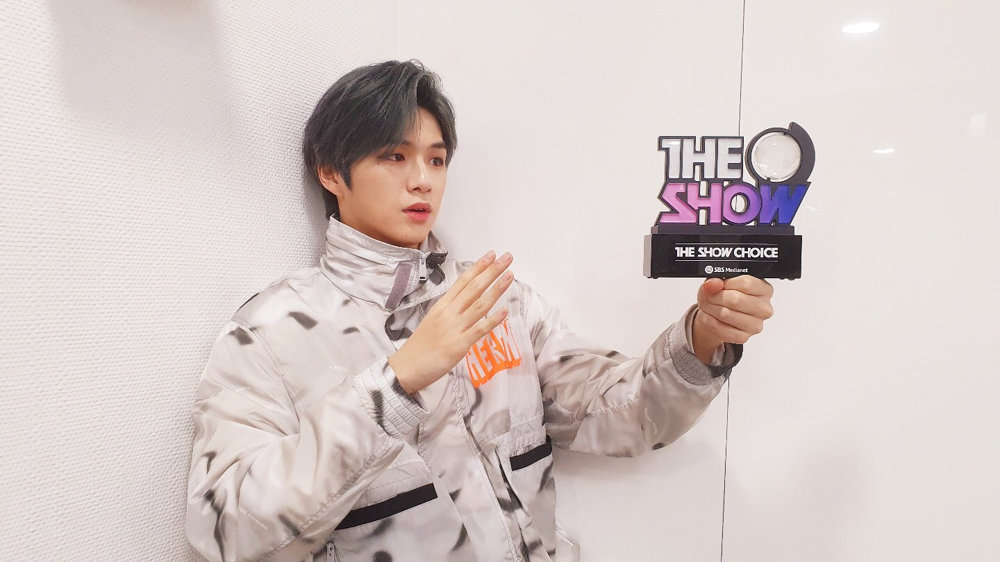 PERF-K - KANG DANIEL's '2U' wins this week's 'The Show' [2020.03 ...