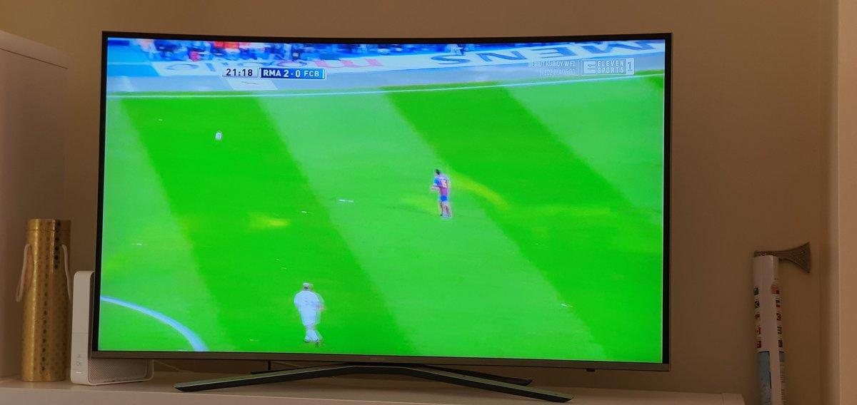 Na razie wyglada to dobrze... @Ronaldo na 2:0, @David_Bekham asysta😍 #RMABAR #ElClasico #HalaMadrit