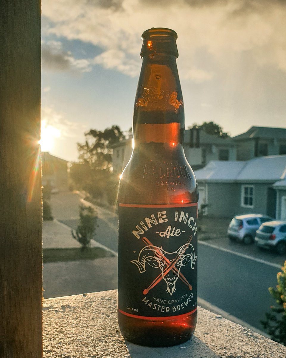 Views from a balcony part one #beer pic.twitter.com/kyUanC5bhx
