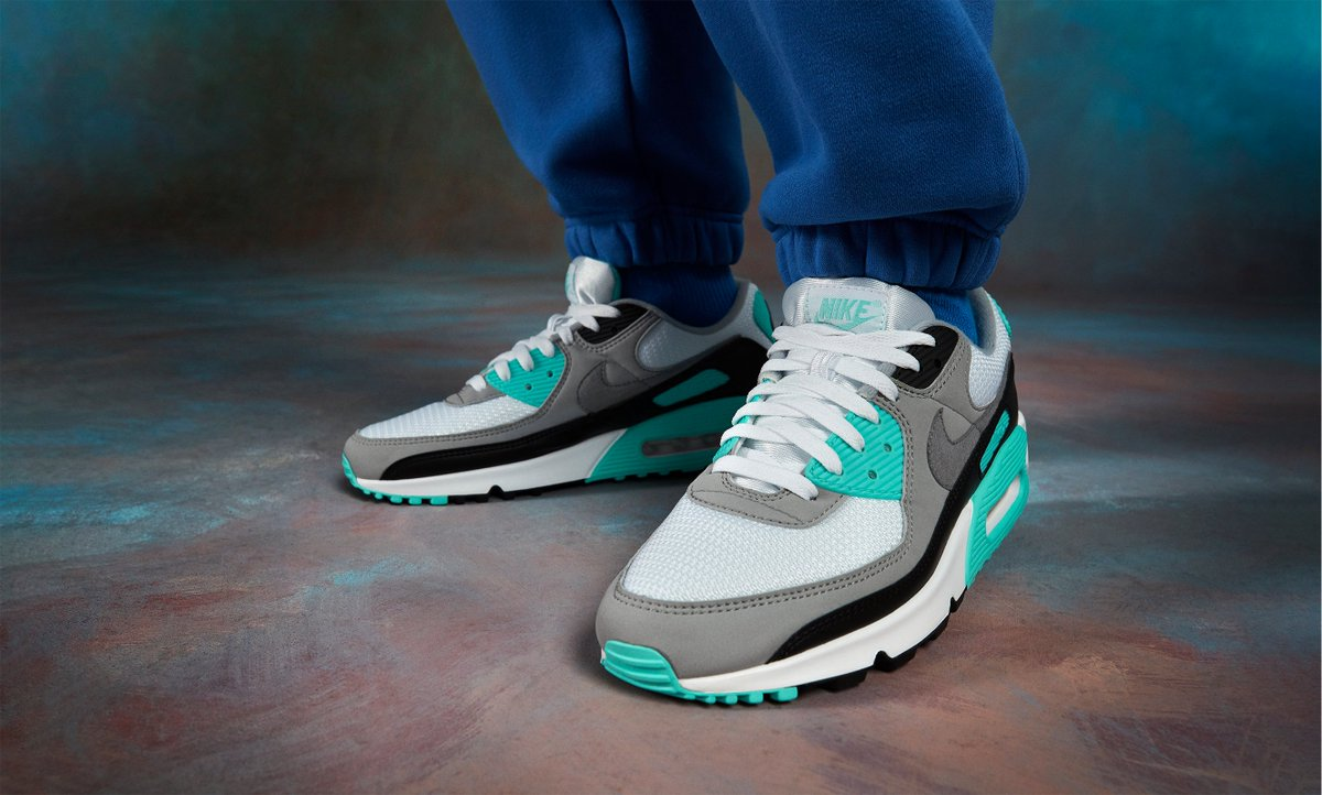 AIR MAX 90 'HYPER TURQUOISE'