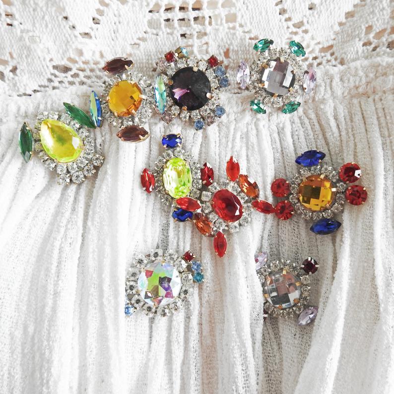 NEW GLASS BUTTONS   🍬 #vintagejewelry #jewelrymaking #vintagesewing #sewingvintage #sewingstuff #jewelryvintage #jewelry_making #makingjewelry #vintagejewelrystore #jewelryartist