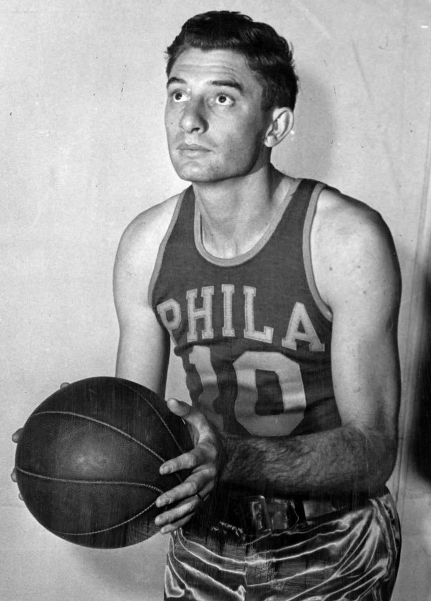 Today in Philly Sports History: 1948  The Philadelphia Warriors defeated the St. Louis Bombers 85-46 in the BAA Semifinals for a 4-3 series win  Joe Fulks led the Sixers in scoring at 26 ppg while taking 28.2 FGA per game I #Sixers I #PhilaUnite I #NBATwitter I @76ersTPL Ipic.twitter.com/21Icts73bs