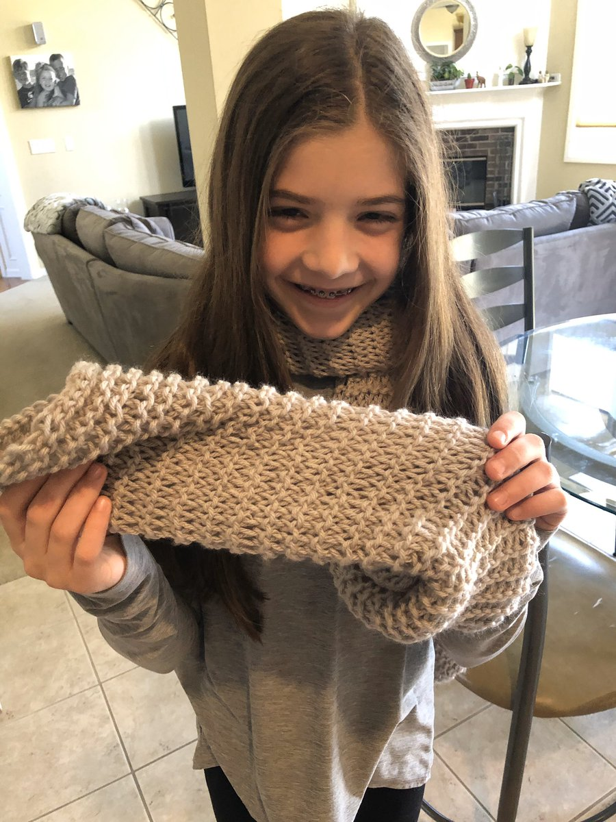 So proud of Scripps 6th grader Ella B! She took what she learned in the media center makerspace and made a full scarf! Since she didn't know how to cast off yet, she learned using youtube tutorials. <br>http://pic.twitter.com/HqGSjmoz8o