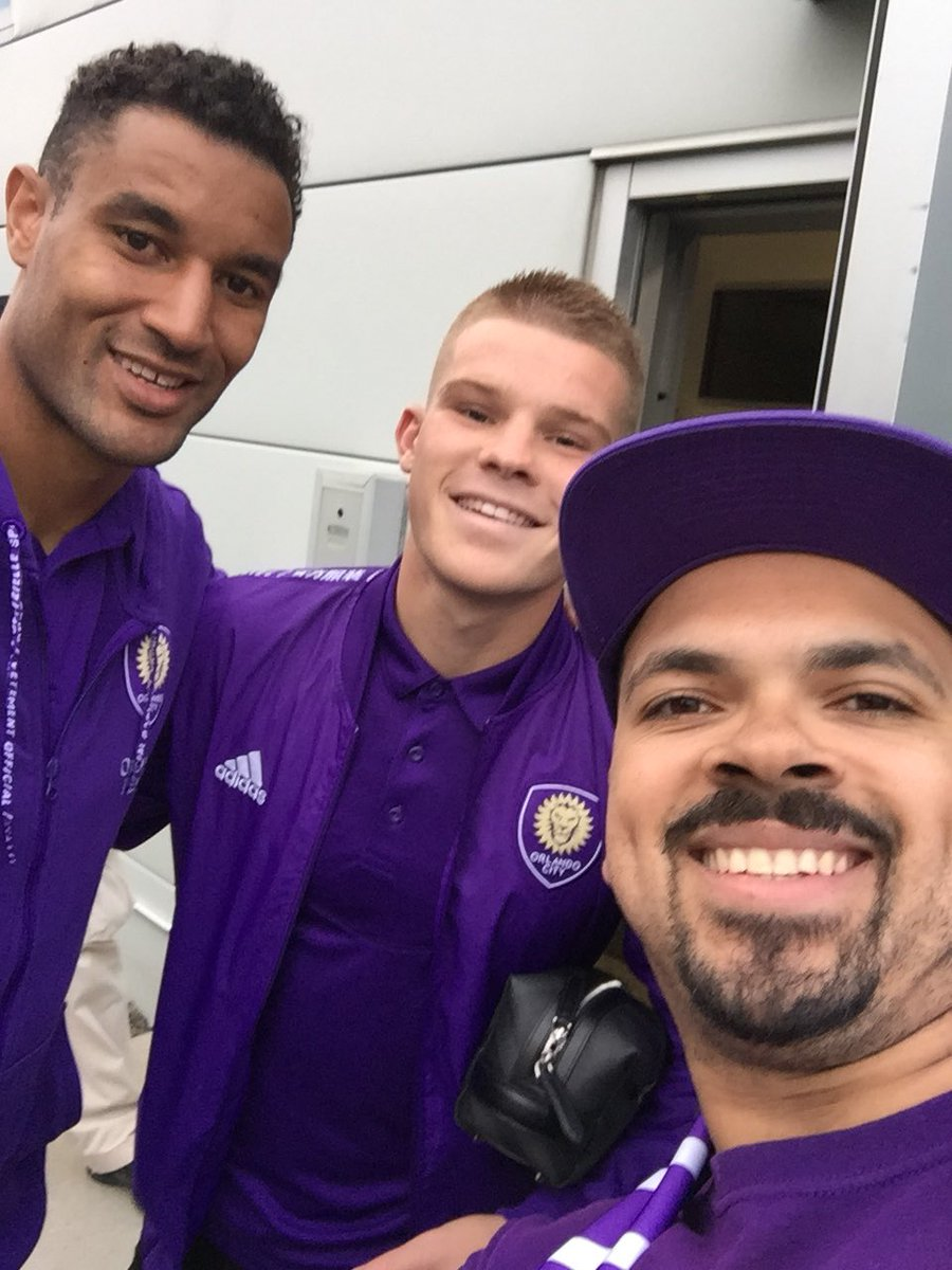 Wishing a happy th birthday to @Tesho13.   #OCTwitter #OrlandoCity  #MLSUK <br>http://pic.twitter.com/yND6qvvHCN