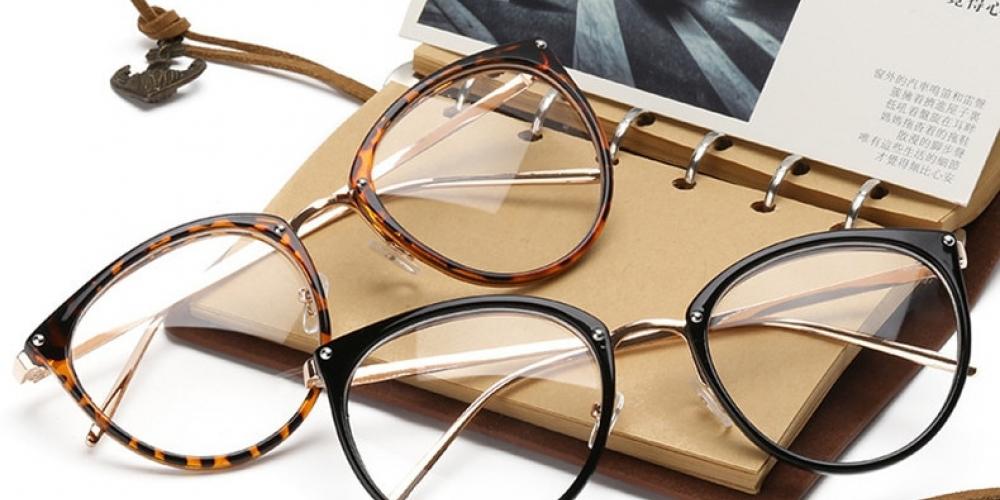 #sunny #chanel Women's Thin Rim Glasses Frame pic.twitter.com/W1aW3dd0no