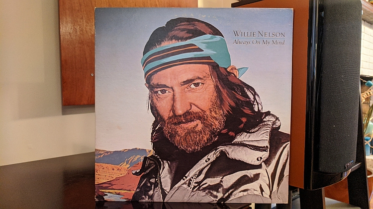 """Checking out """"On The Shuffle Supplement - It's A Choice #1651 Willie Nelson Al"""" on On The Shuffle: http://ontheshuffle.com/profiles/blogs/on-the-shuffle-supplement-it-s-a-choice-1651-willie-nelson-always… @WillieNelson #willienelson #alwaysonmymind #vinyl #vinylrecords #vinylcollection #nowspinningpic.twitter.com/jUMbuDlXs4"""