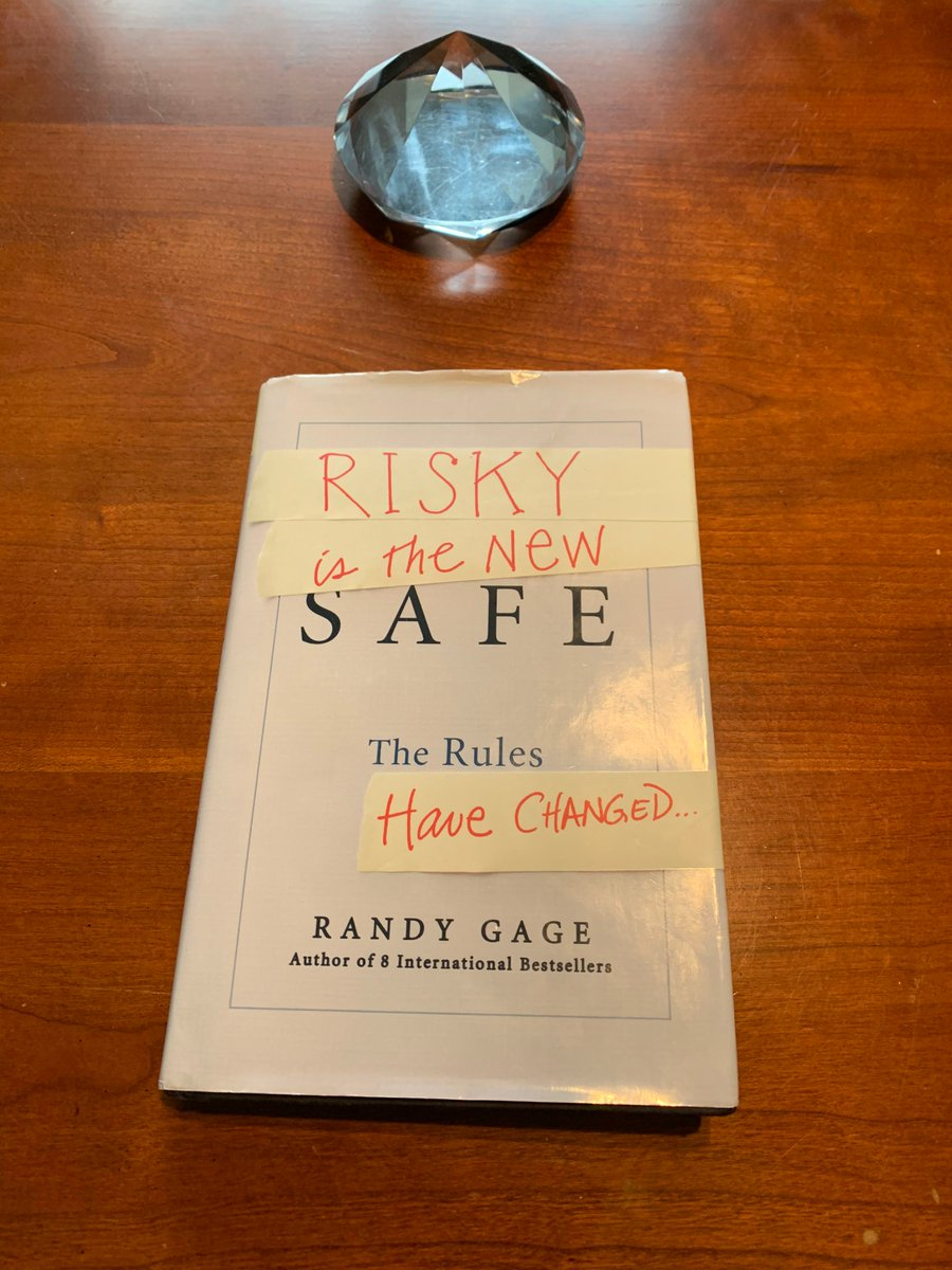 Suzan's book  of the week: Risky Is The New Safe by Randy Gage  This is a perfect read if you want to understand how the rules have changed and continue to change.   Grab your copy, read along and share your takeaways and tag me in your post!#Mindset #MindsetMastery pic.twitter.com/gUDlPSHqi5