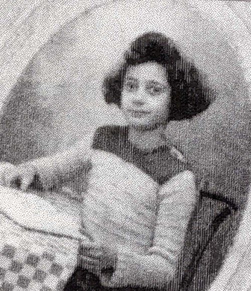 31 March 1932 | French Jewish girl Blanche Zehmour was born in #Paris.  She was deported to #Auschwitz in February 1944 & murdered in a gas chamber.  She was 11 years old.pic.twitter.com/PVuAW7x0gc