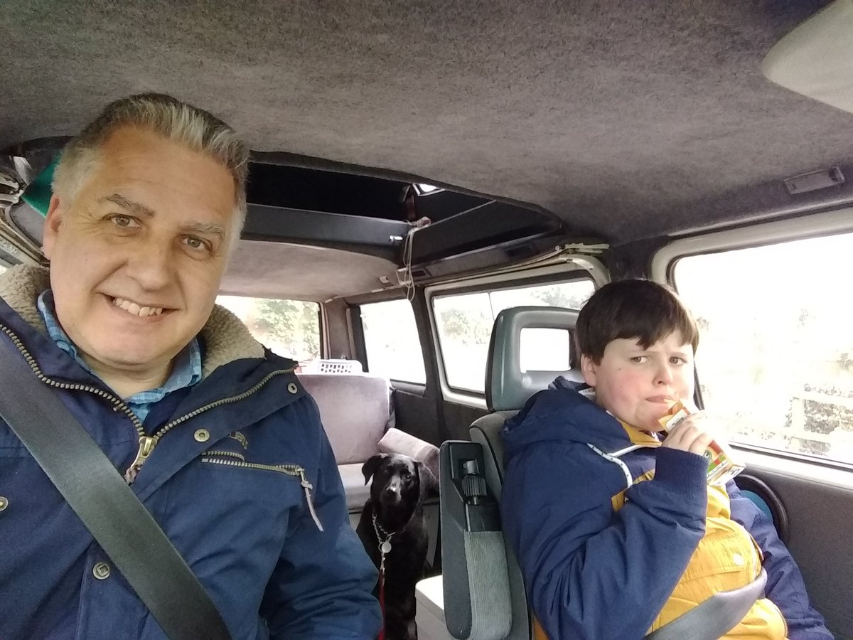 Travelling by #campervan makes the most mundane of journeys that little bit better....Joel always likes the view from the front..#AutismAwarenessWeekpic.twitter.com/wOo0WWci8E