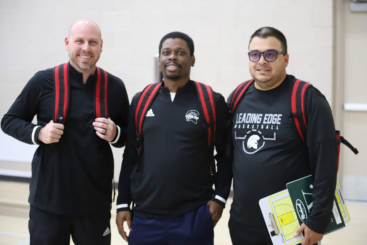 Shout out to @LEAGirlsBBall coaches @ErikDGray @mikie_d23 @CoachJQMoney for an amazing year - Erik for 7 years with our seniors. You guys rock and you did it with class! https://t.co/2NOzZ0hKJ9