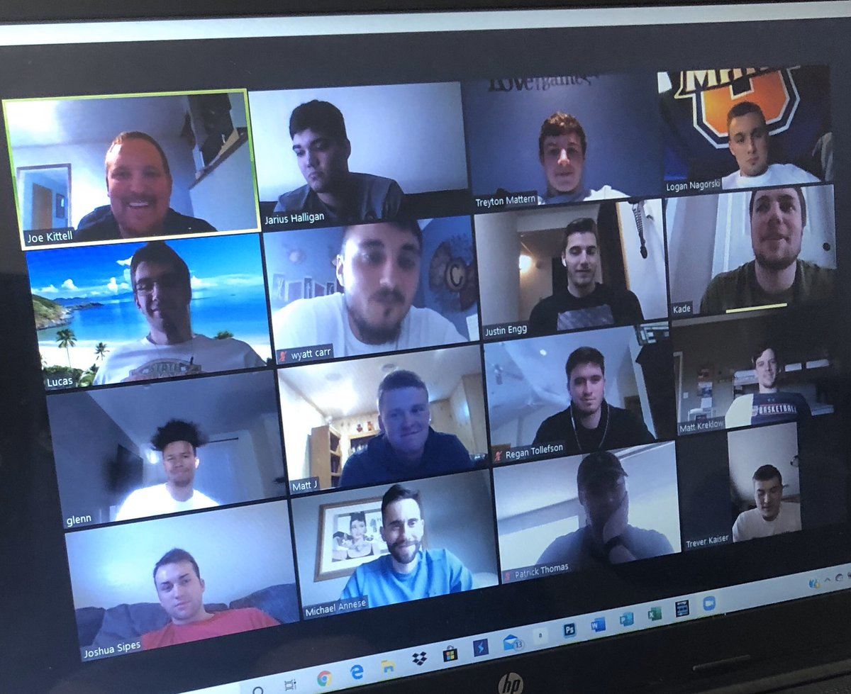 Great team zoom meeting catching up with everyone! #HOOKSUP #INVEST pic.twitter.com/JSKhQfOvko