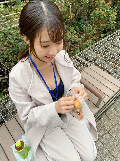 グラビアアイドル天羽希純のTwitter自撮りエロ画像24