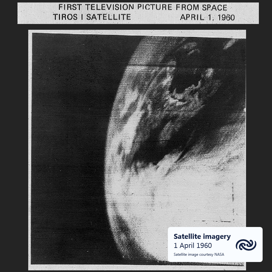 """60 years ago today - the first """"television picture from space"""", marking the start of the satellite era for meteorologists. Things have come far in 6 decades. Satellites are now a vital tool for weather forecasting and research. ^AJ https://t.co/DDCr23rEdt"""