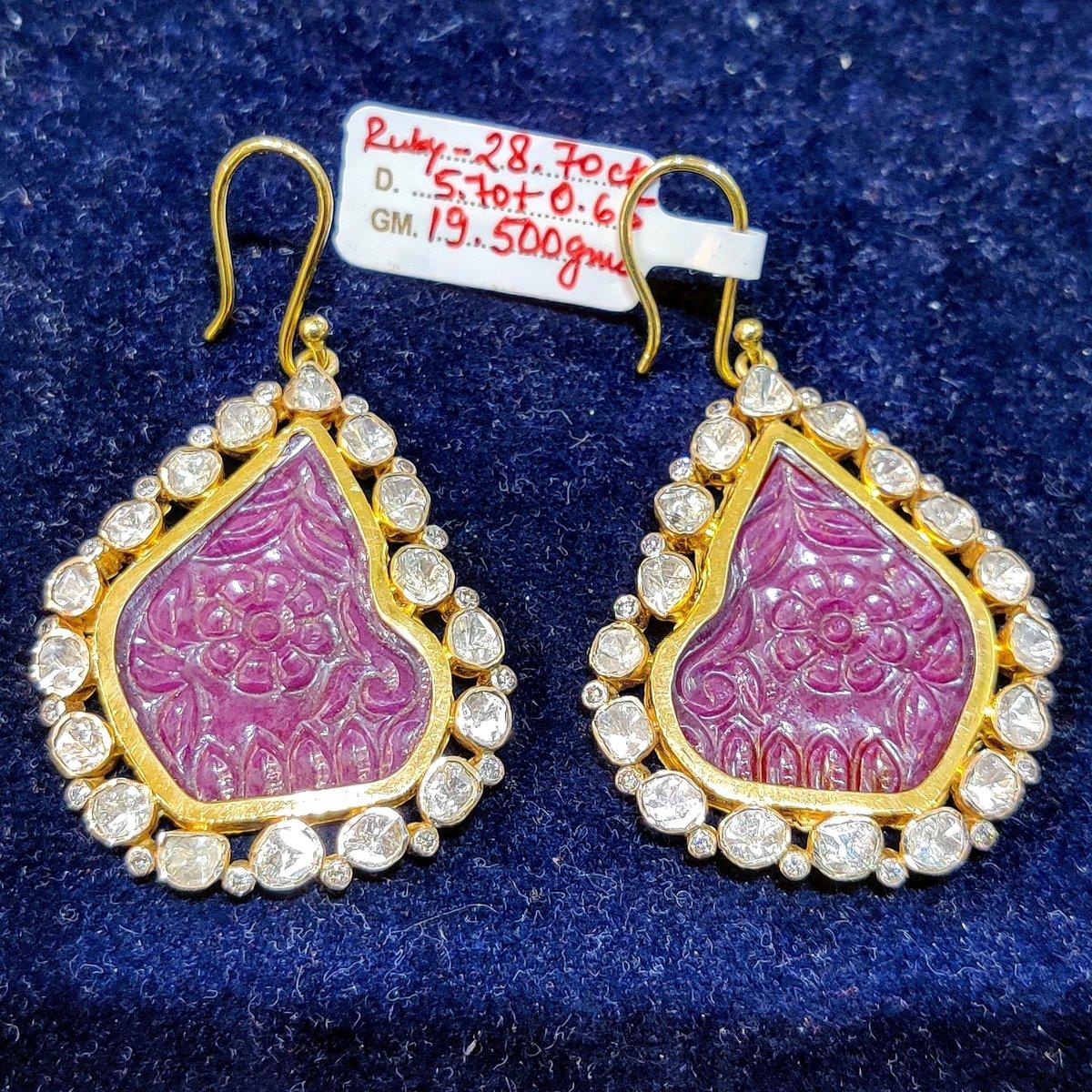 #jewellerydesigner #makersgonnamake #handmadejewellery #inspiremyinstagram #smallbusiness #handmadeisbetter #shopsmall #handcraftedjewelry #supportthemakers #craftsposure #jewelryartist #handmadebusiness #oneofakindjewelry #jewellerymaker #jewelrymaker #handmadewithlove  #etsy