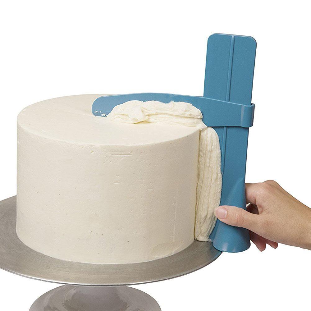 #fashion #sustainability Eco-Friendly Plastic Cake Scraper pic.twitter.com/PahWBTJlCe