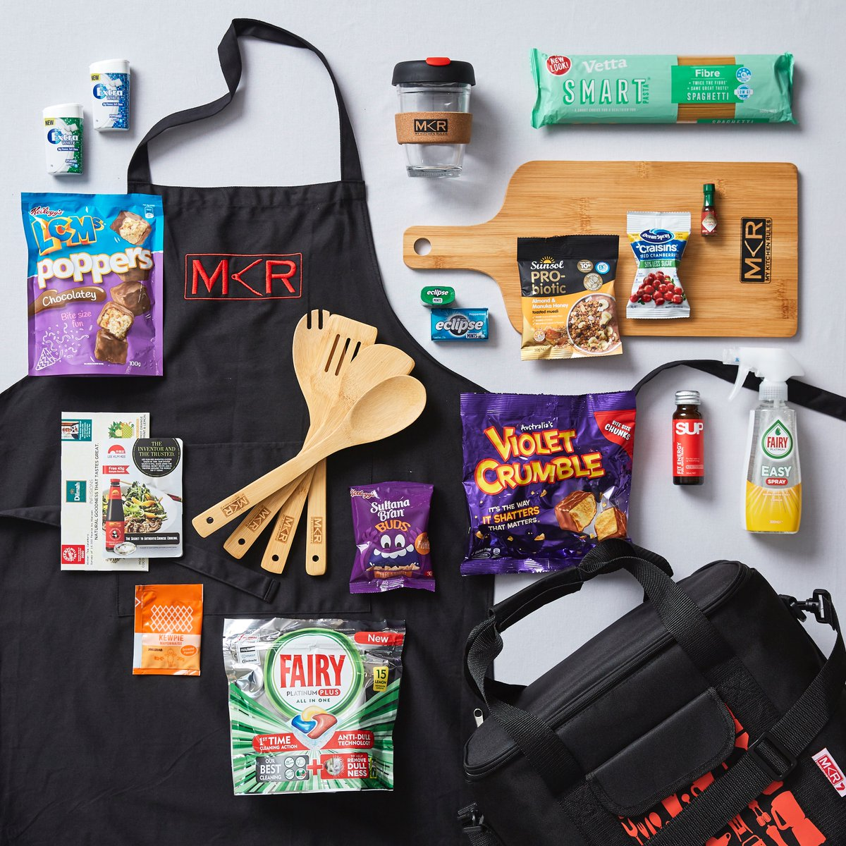 Getting your hands on an official #MKR Show Bag has never been easier! 🙌  Check out the link in our bio to grab all your @mykitchenrules goodies. 😍💫  https://t.co/aPR7Lk3Odb https://t.co/LVCMdI5lsy