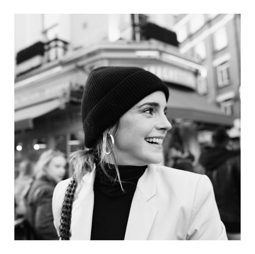 Emma uses her platform to speak up about issues women and other minorities face, and is very involved in both the #MeToo and #TimesUp movements. #chicksnflicks #emmawatson pic.twitter.com/6bQi49bNLo