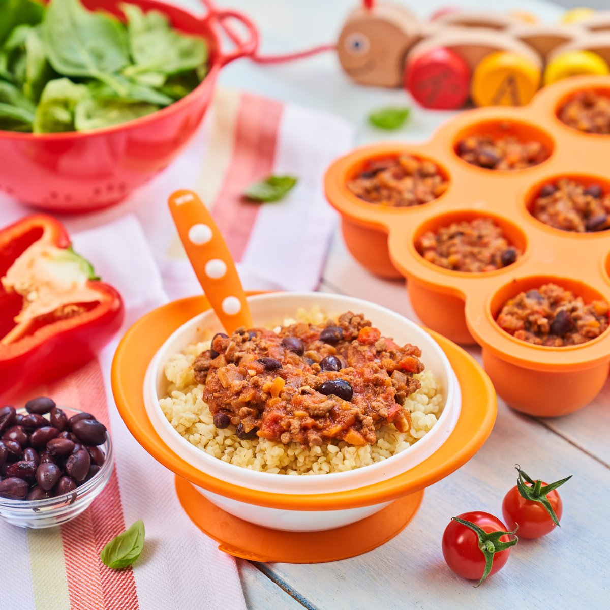 A great recipe for all the family Annabel's easy peasy chilli con carne is the perfect weeknight dinner. ⁠ ~⁠ Simply batch cook and freeze to take out when you need (great for times like these). Check out the recipe here 👉https://t.co/DHjPmH5dhH https://t.co/yHhuvF9bmt