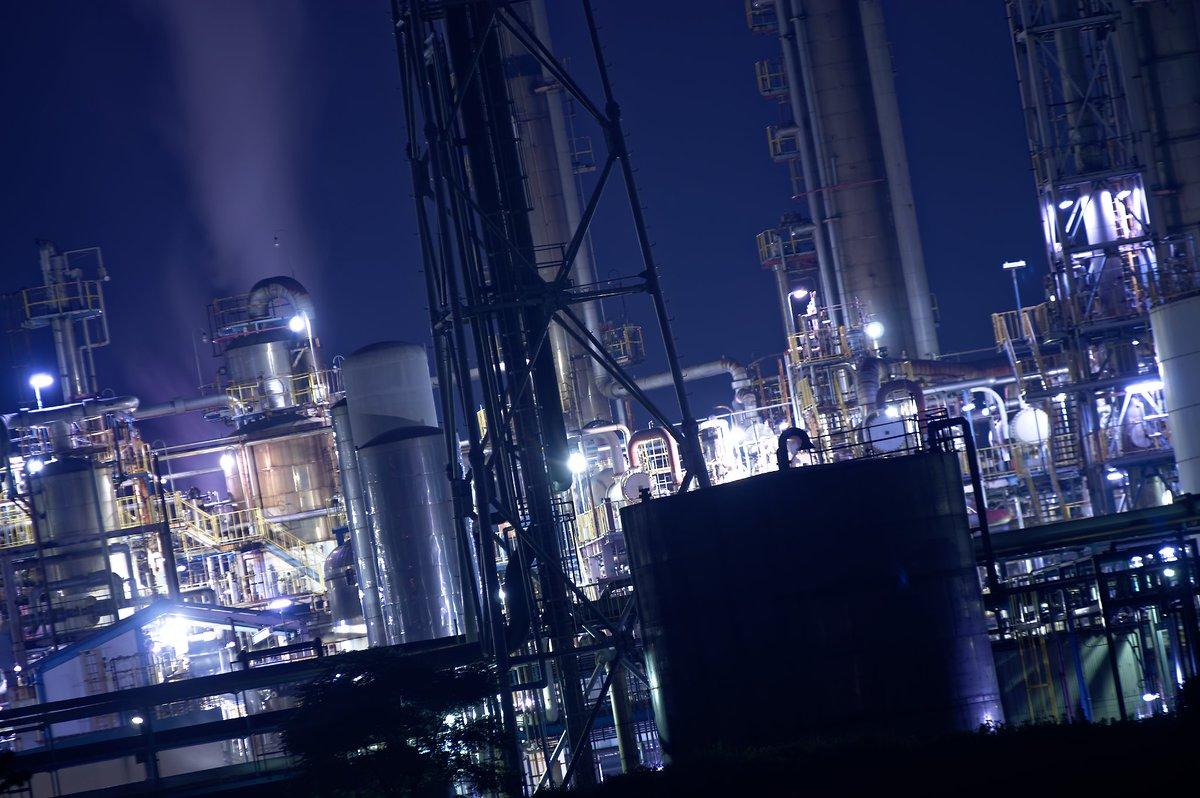 RUSH  #PENTAX #工場夜景 #ダイセル #網干 #写真好きな人と繋がりたい #写真で奏でる私の世界 #ファインダー越しの私の世界 #PASHADELIC #東京カメラ部pic.twitter.com/0OahslR3Zf