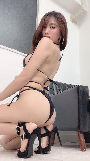 グラビアアイドル森咲智美のTwitter自撮りエロ画像25