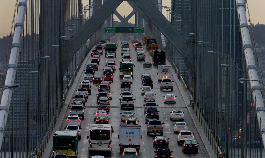 Trump administration rolls back Obama-era vehicle emissions standards