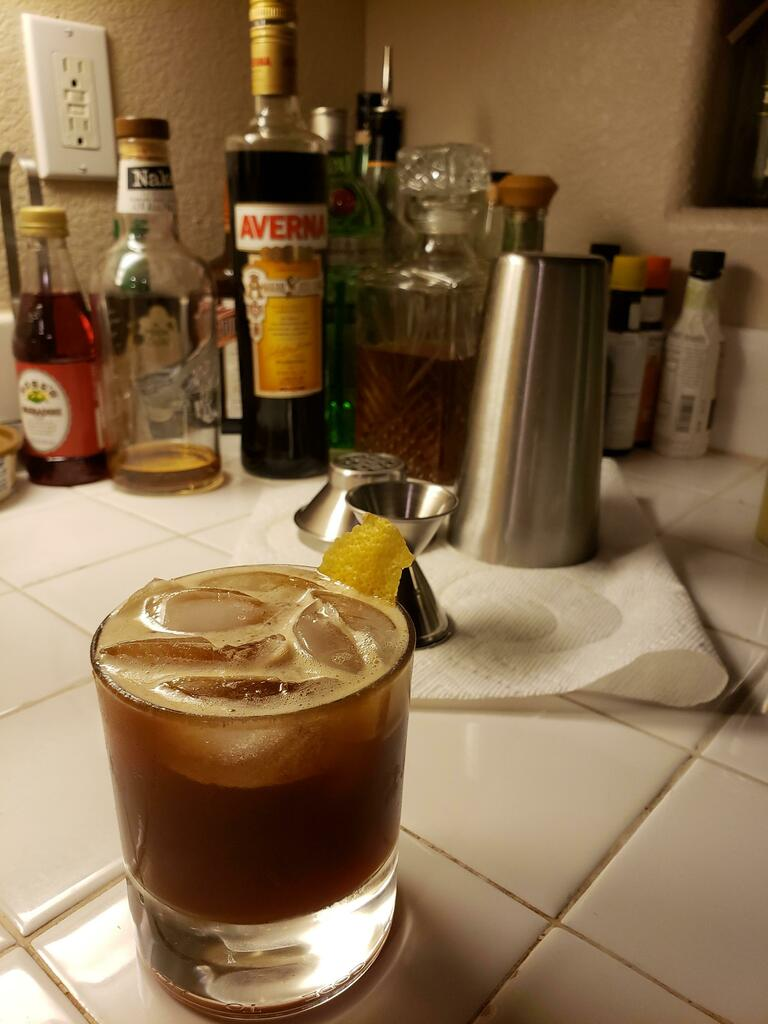 #cocktails Friends nicknamed this one the Spaghetti Western. via /r/cocktails https://ift.tt/3dNpED9pic.twitter.com/UeW6RZpY9i