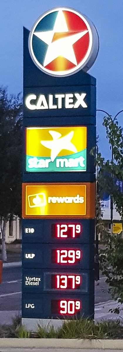 Yes we are getting ripped off in regional NSW & the petrol companies are price gouging @Shell @CaltexAustralia @BP_Australia @acccgovau @NRMA @PeterNRMA https://twitter.com/9NewsSyd/status/1245161039118905345 …pic.twitter.com/Er9n2KpNuE