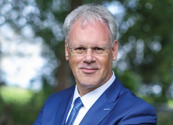 Wethouder Midden Delfland overleden aan coronavirus https://t.co/CpaYdxpRO3 https://t.co/Pih8nVCPVf