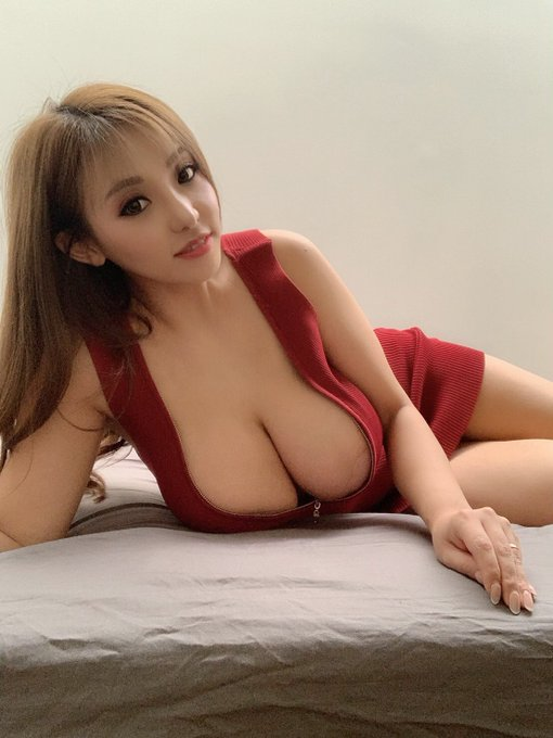 AV女優さくら悠のTwitter自撮りエロ画像35