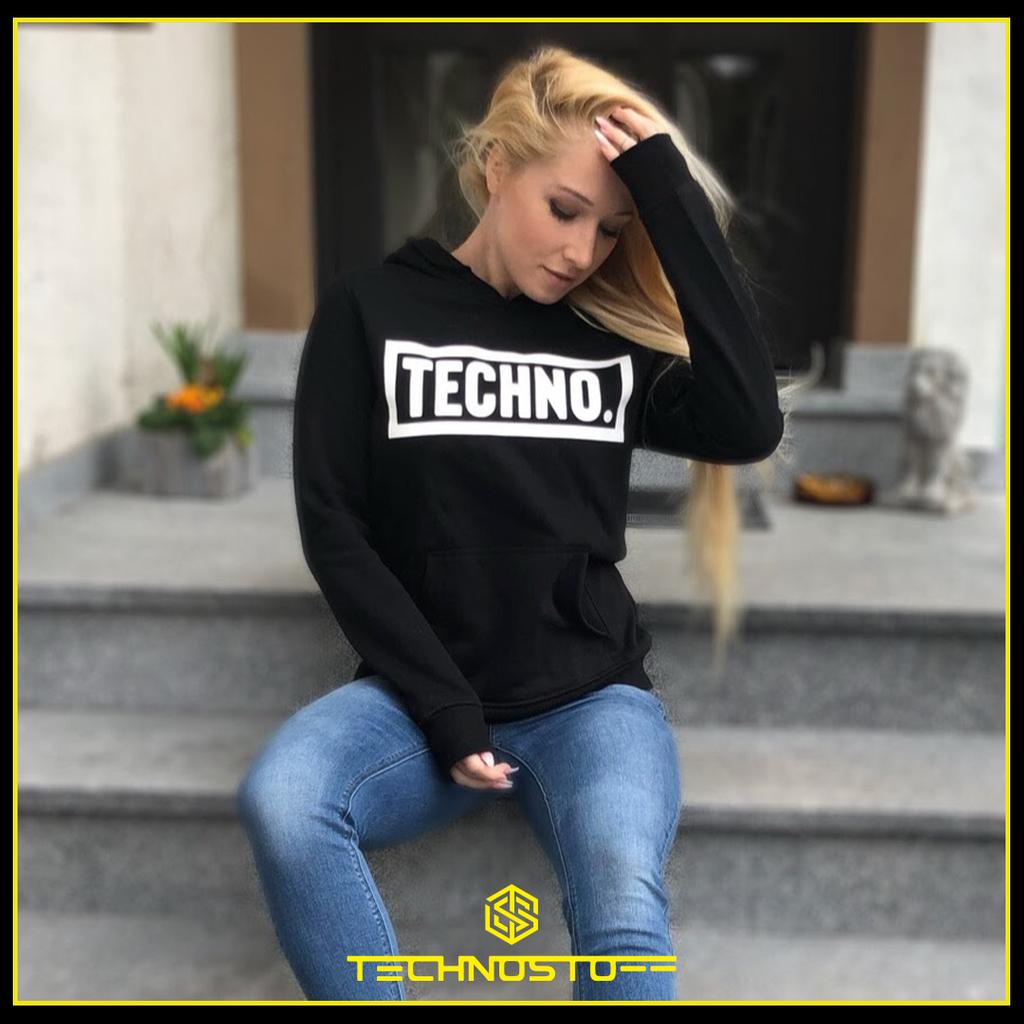 "Techno Dot Premium Hoodie  mit ""home-alone"" 10% sparen, beliebig oft bis Ende April.  https://technostoff.com/products/techno-dot-premium-hoodie…  #techno #rave #technoclothing #raveclothing #technomusic #festival #technoparty #technolove #technoliebe #ravelife #raver #ravegirl #ravergirl #technooutfitpic.twitter.com/WxAn2LYpzu"