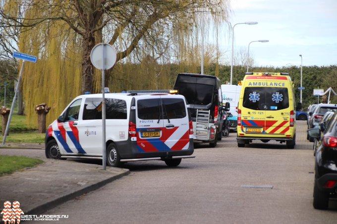 Fietser gewond bij ongeluk Hoornbloem https://t.co/PzUG6nASmx https://t.co/NmNZ72opbc
