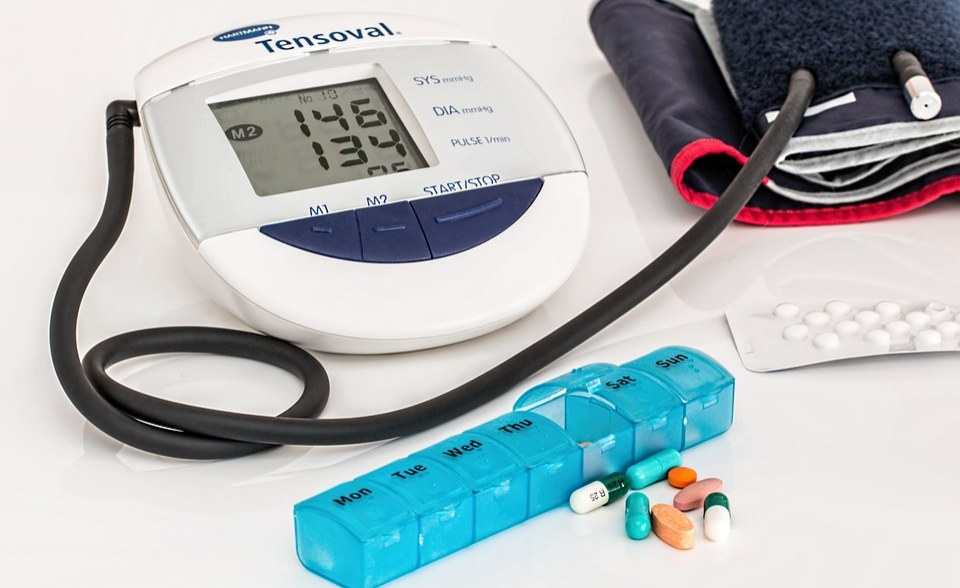 COVID-19 Patients With Hypertension Advised to Stay on Medication https://t.co/TuOt7NQmoO #Africa #COVID19 https://t.co/Ba2njmo46i