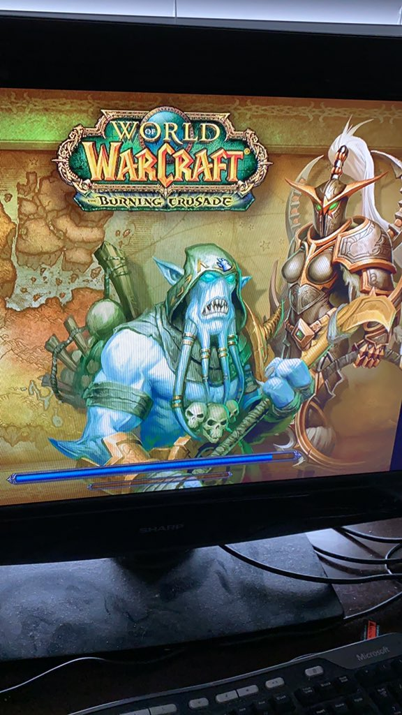 First time playing WoW https://t.co/lkx9m07Alj