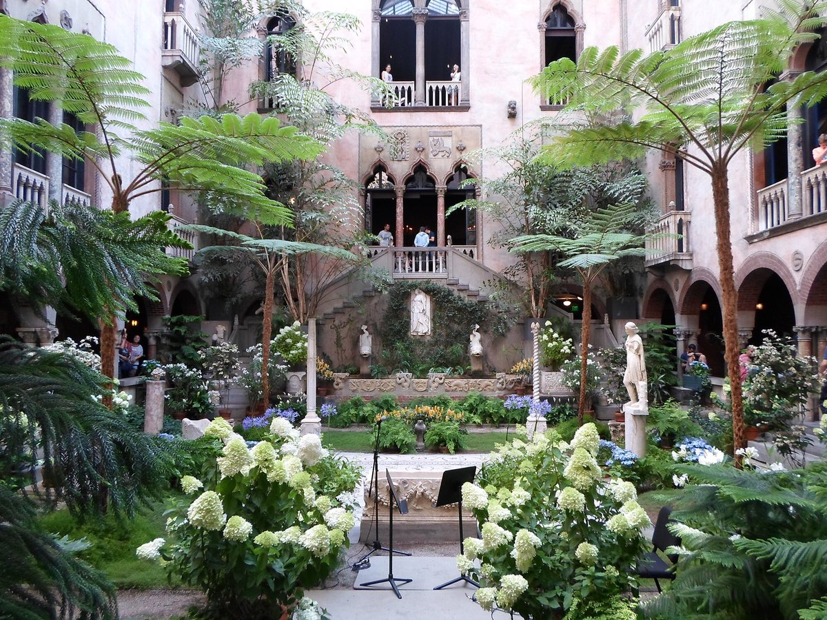 As we show our continual support for #Boston, we are sharing with you one of Boston's seven wonders, #IsabellaStewartGardnerMuseum.  https://bit.ly/IsabellaStewartGardner…    #TheCarucciGroup #MichaelCarucci #GibsonSIR #BackBay #BackBayBoston #FrederickLawOlmstead #EmeraldNeckace #BostonWonderspic.twitter.com/zZoLiiKU0F