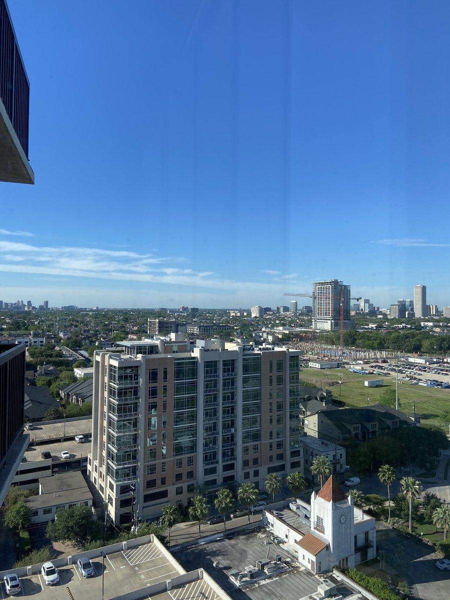Good Morning  #houston from my penthouse. pic.twitter.com/r63cj4uYKK