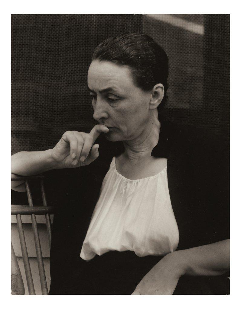Georgia O'Keeffe: A Portrait Alfred Stieglitz  #art #fotografia #confinament #joemquedoacasa #StayAtHome pic.twitter.com/onI8oPbNzC