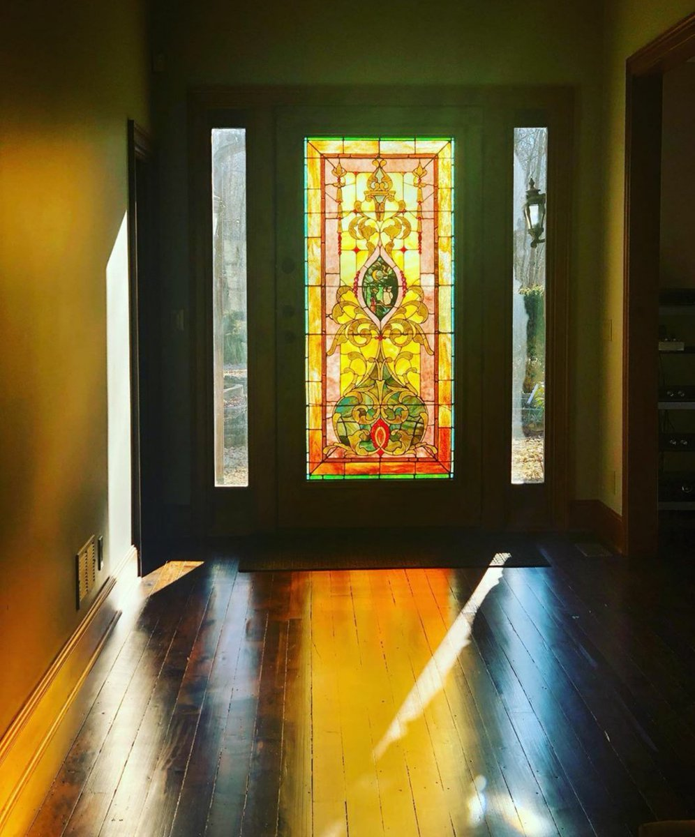 Mornings Rays  #stainedglass #glass #glassart #sunrise #April1stpic.twitter.com/INeCP2YZgz