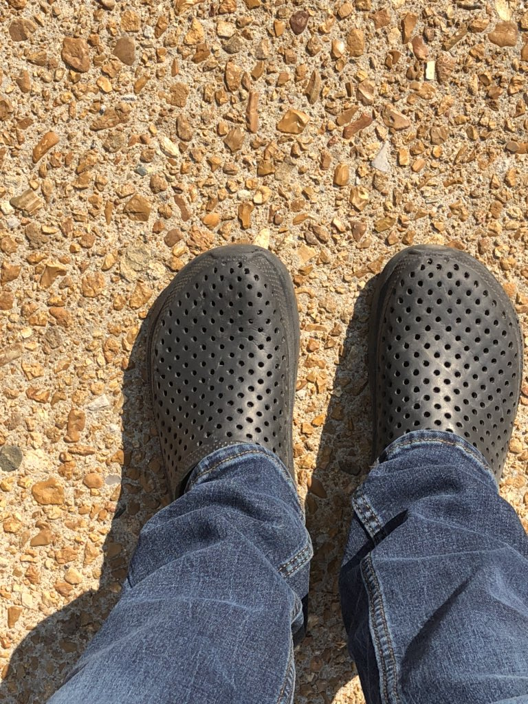 Went home after #TISL. Couldn't be asked to throw regular shoes back on #crocs #liveshot #coronavirus