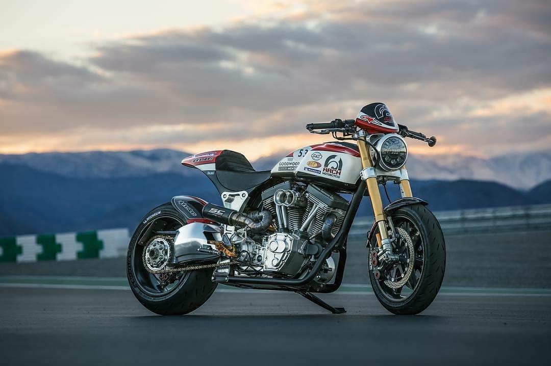 Credit to @motorcyclesport_ :  Dono: @Archmoco  #archmotorcycle #performancecruiser #MichelinOnMyMoto #MadeOnMichelin #keanureeves #woahpic.twitter.com/R5rdIQLxUq