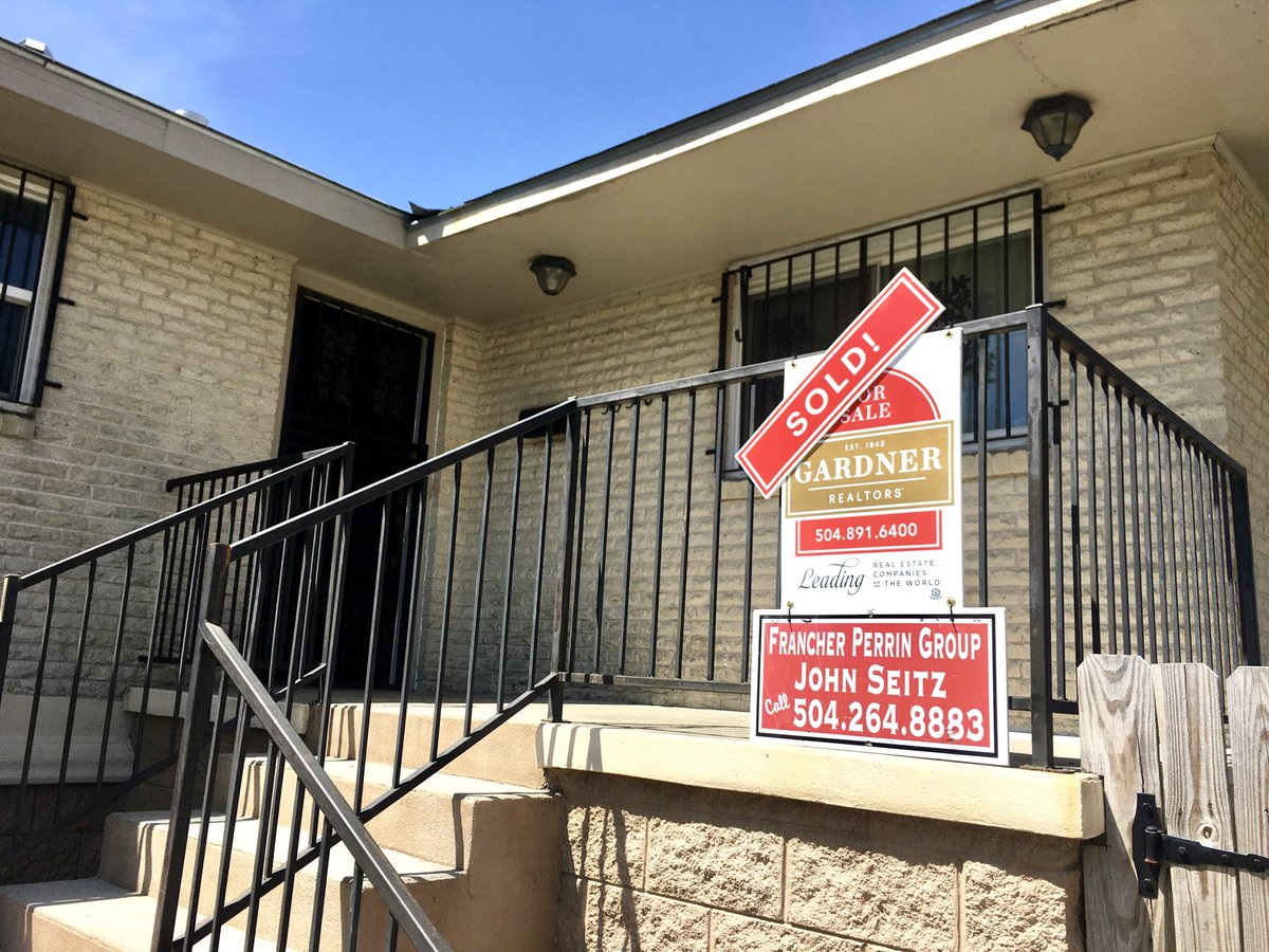 Just SOLD - NOLA       Call Me , Still Working, Much can be done Virtually & Online  Great Interest Rates  #neworleansrealestate pic.twitter.com/FmM5R4Zj8S