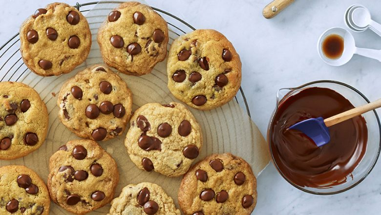 RECIPE: @LoveGhirardelli chocolate chip cookies are the key to a delicious day: bit.ly/3bCrh4K