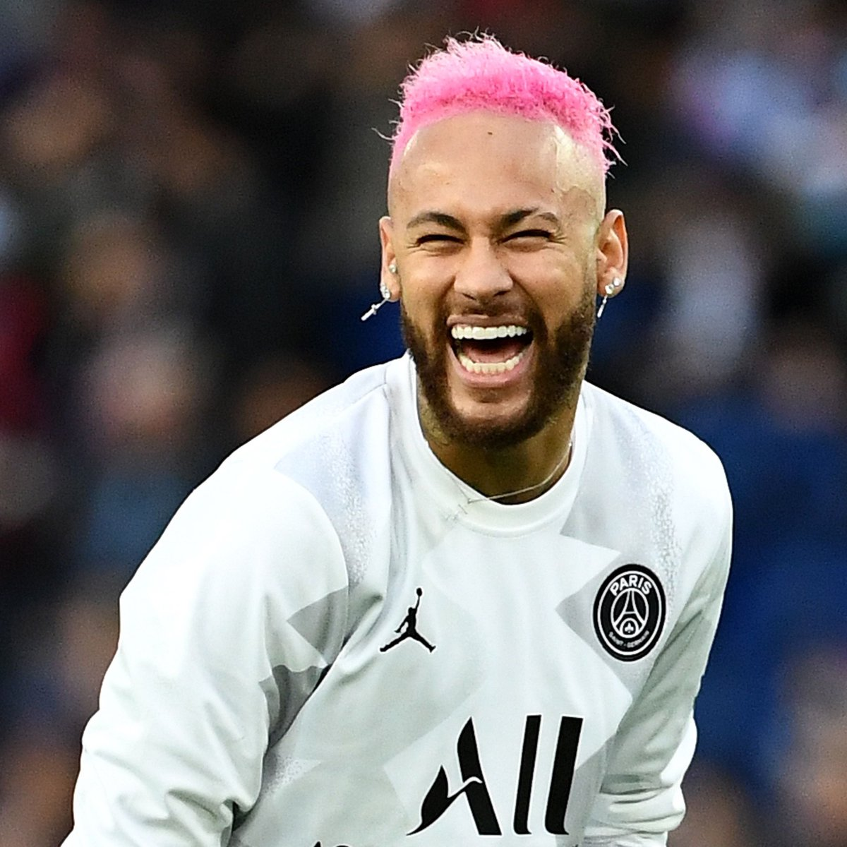 Barcelona are hoping to sign Neymar in a swap deal that would see Antoine Griezmann join PSG this summer, according to Sky Sports News.   <br>http://pic.twitter.com/IoSx24j8B0