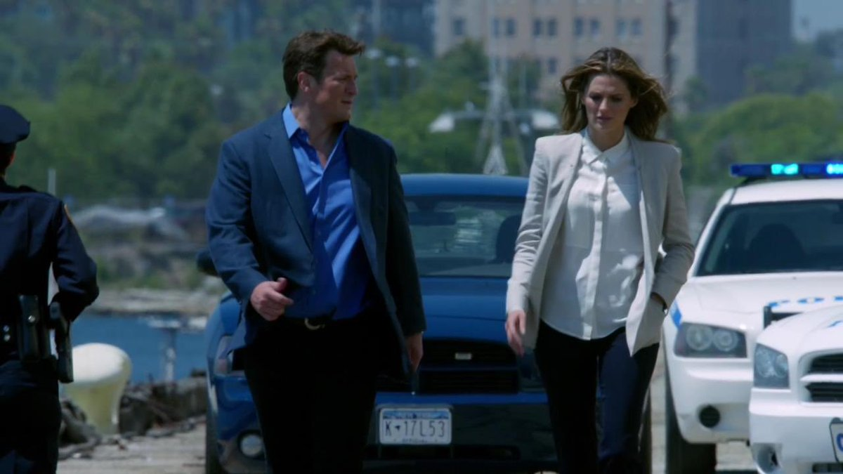 "#CastleQuoteOfTheDay  ""What were you thinking, offering a quarter million dollar reward?""  ""Genius, right? I don't know why I didn't think of it sooner.""  ""Well, maybe because you knew it was going to lure crackpots and opportunists.""  #Montreal pic.twitter.com/prdavZZk3B"