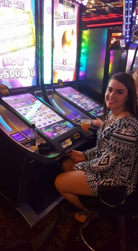 I wish I was at Harrahs in Las Vegas again #CaesarsMemories  #Sweepstakespic.twitter.com/EOLsJ8zwor