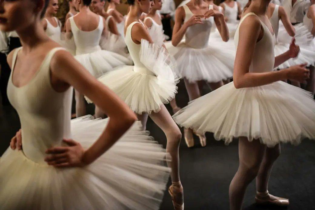 #BalletFascination #Ballet #BalletDancers #BalletPhoto @BalletOParispic.twitter.com/U7izkqGMbD