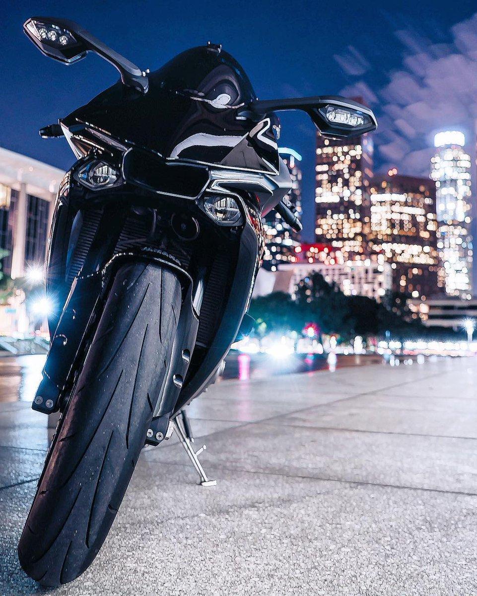 #Yamaha