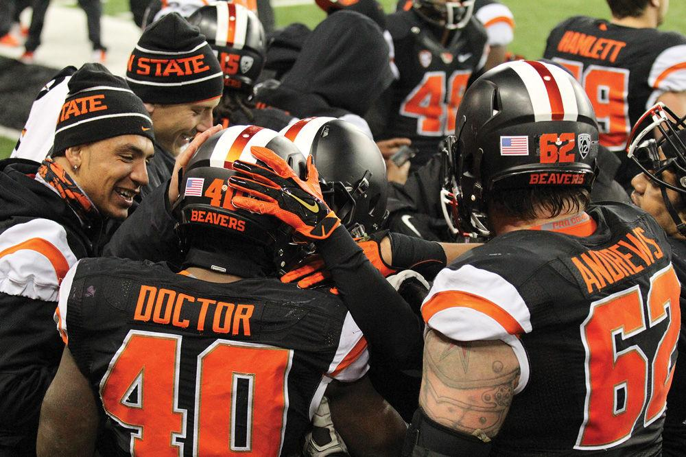 For today's victory, we reviewed a win where the Beavers stepped back into competition with PAC-12 Football when they defeated No. 6 Arizona State in 2014.  Full story: https://beav.es/4xp  #GoBeavs #oregonstate #omnsports #osusportspic.twitter.com/HHA8Aq228j