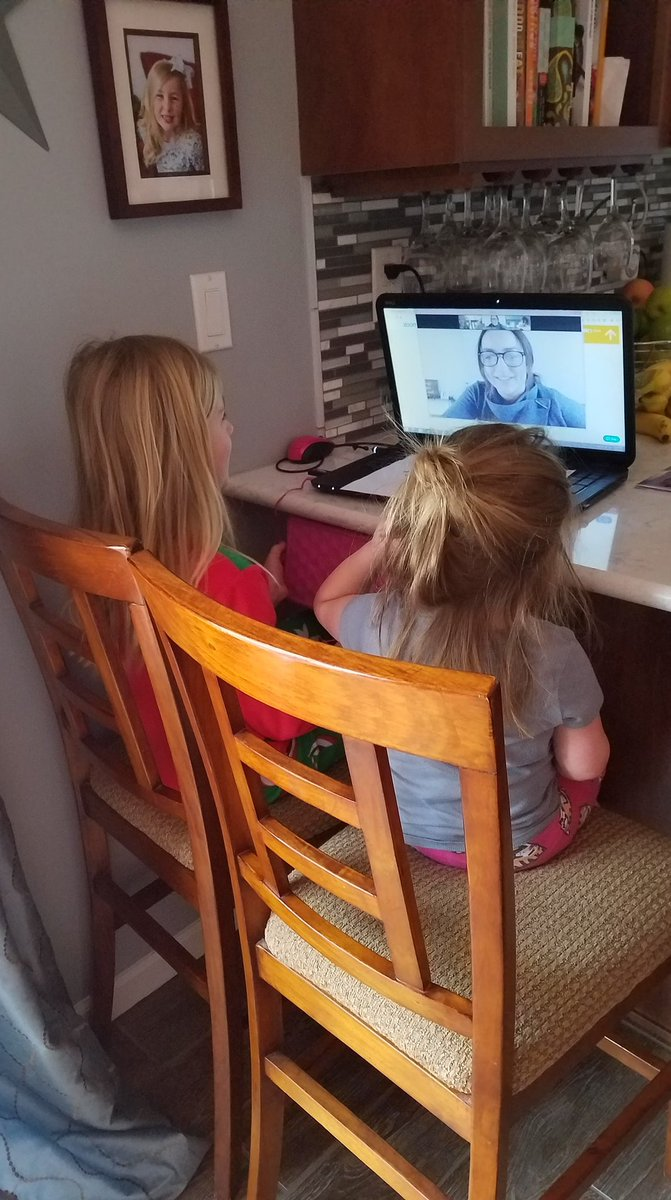Love these photos a parent snapped during a Zoom session! How cute is this students' little sister who didn't want to be left out?! #trustyhuskies @al_winglerpic.twitter.com/x8NtNy5Nld