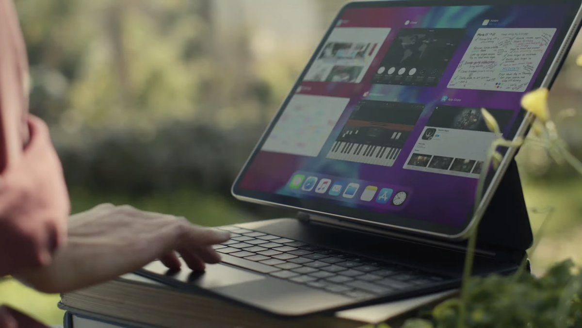 Apple updates iWork and iMovie with iPad trackpad support