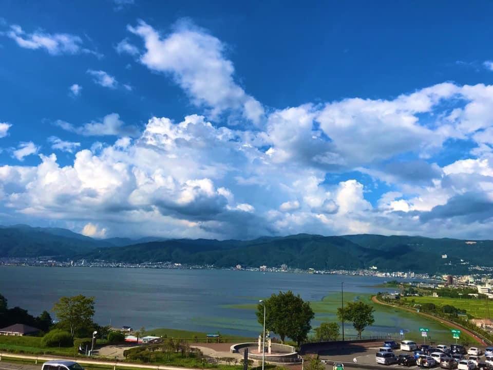 せめてもの…ですが 昨年の夏に撮った諏訪湖の写真を… 見たい方にとどくといいなぁ#旅行で行きたいところをつぶやくと誰かが写真をくれるpic.twitter.com/T957QPhmTj